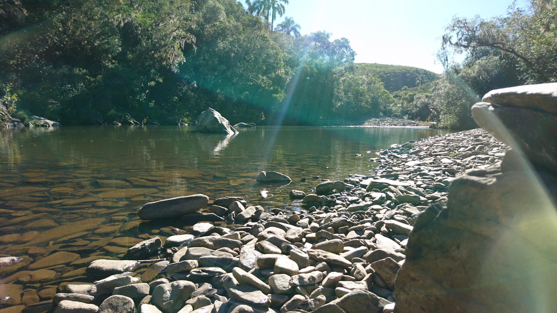 glasklares Flusswasser